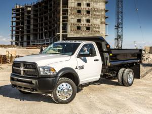Dodge Ram 5500 Tradesman Chassis Regular Cab Dump Bed 2013 года